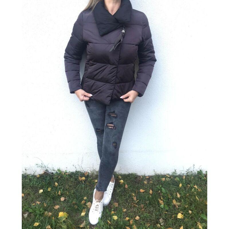 Lila rövid dzseki pöttyös levehető dísszel