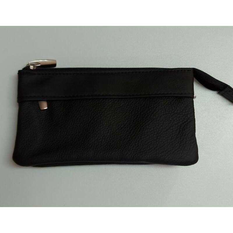 Fekete cipzáros bőr pénztárca