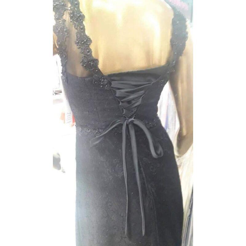 Estélyi ruha sötétkék színben