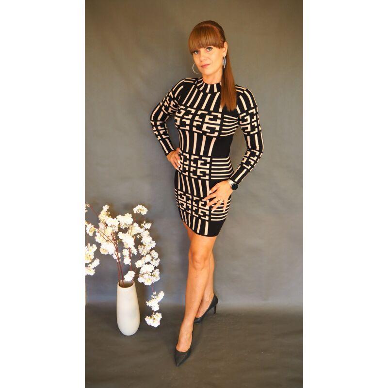 Magasított nyakú kötött ruha fekete bézs görög mintás