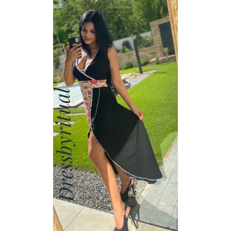 Fekete maxi ruha fehér matyómintás betéttel