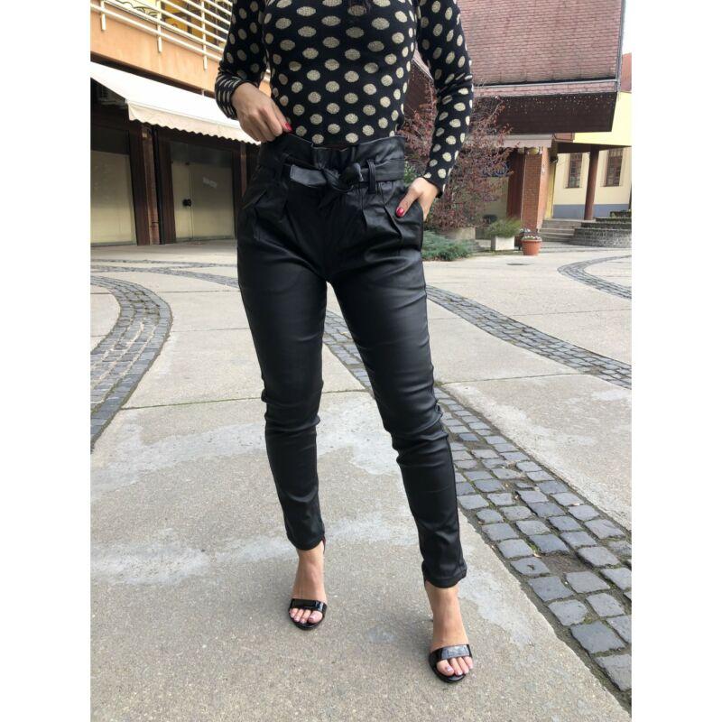 Magasderekú textilbőrnadrág övvel fekete