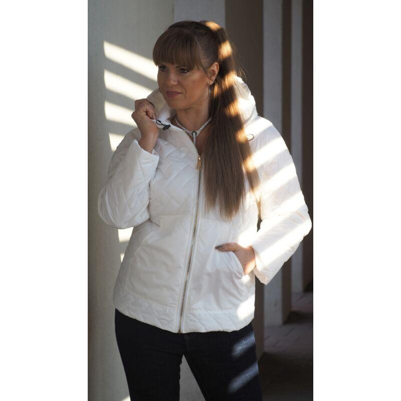 Fehér steppelt kapucnis kabát