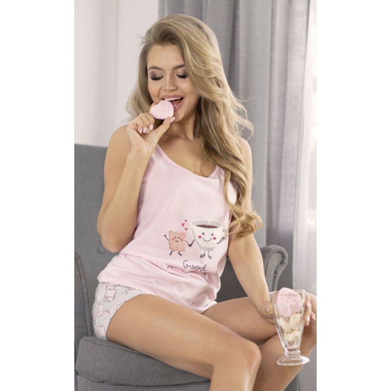 Rózsaszín rövidnadrágos pizsama ujjatlan felsővel kávés mintával